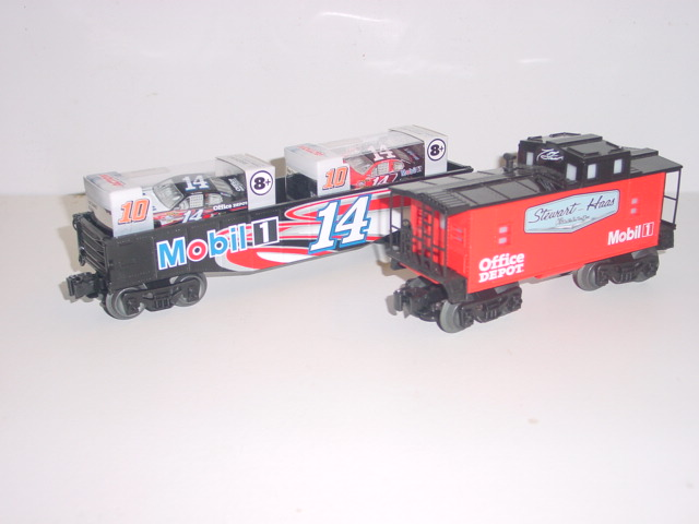 2013 Tony Stewart Lionel Train Set