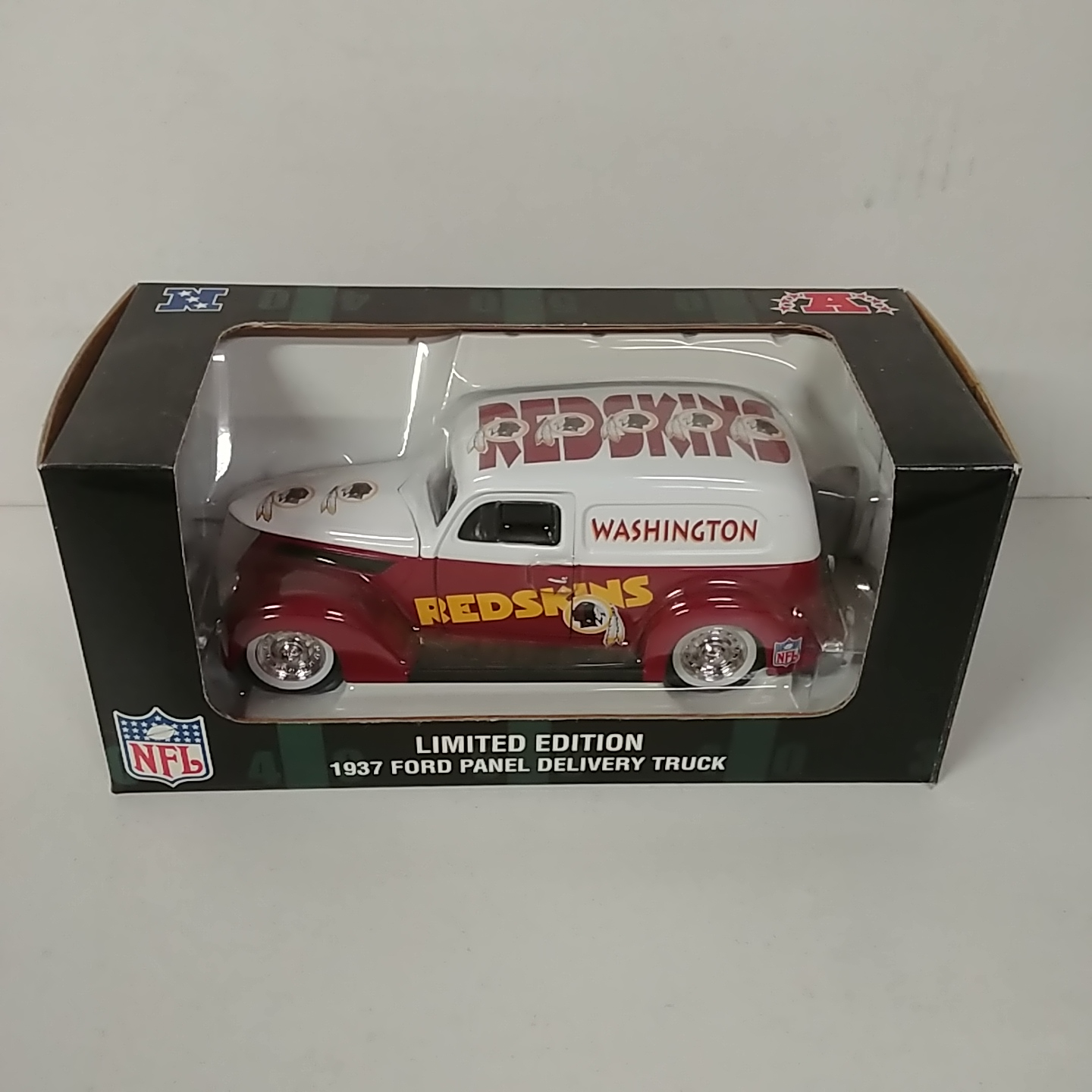 1937 Washington Redskins 1/24th Ford Panel Delivery Truck