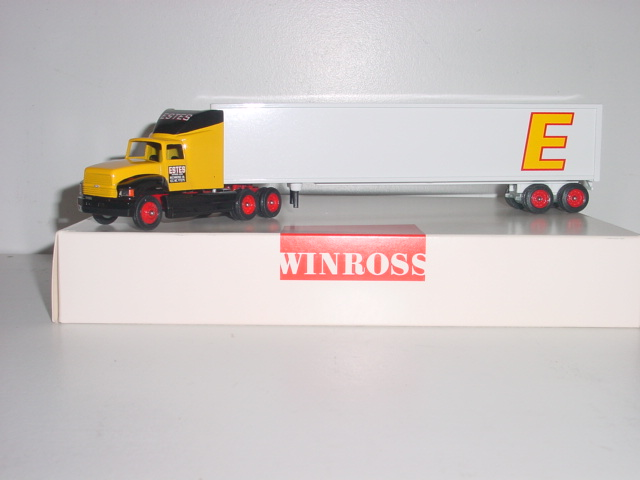 Estes Express Lines 1/64 hauler with 53' trailer