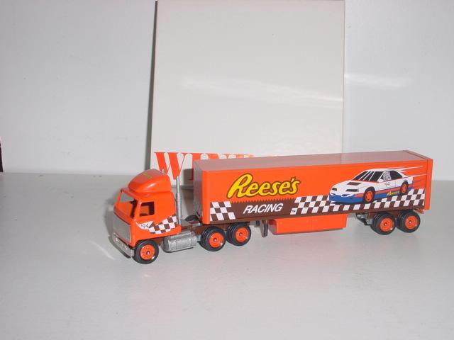 Reeses Racing #94