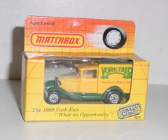 "1989 York Fair 1/55th ""America's Oldest Fair"" Old Time Box Truck"