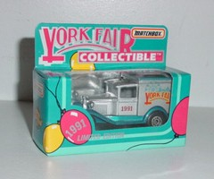 1991 York Fair 1/55th Old Time Box Truck