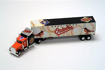 2001 Baltimore Orioles 1/80 collectible hauler