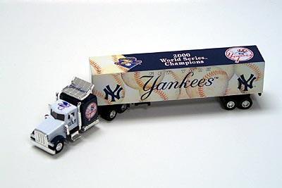 2001 New York Yankees 1/80th collectible hauler