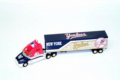 2002 New York Yankees 1/80th transporter
