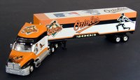 2003 Baltimore Orioles 1/80 Collectible MLB hauler