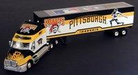 2003 Pittsburgh Pirates 1/80 Collectible MLB hauler