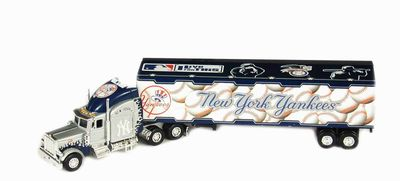 2005 New York Yankees 1/80th Hauler