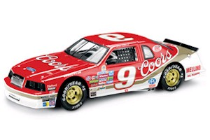 "1985 Bill Elliott 1/24 Coors ""Winston Million Dollar"" car on clear base"
