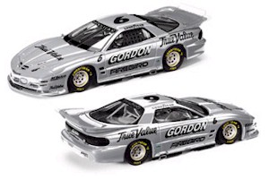 1998 Jeff Gordon 1/24 IROC c/w car
