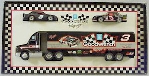 1992 Dale Earnhardt 1/64 Goodwrench hauler w/ 2 Matchbox cars
